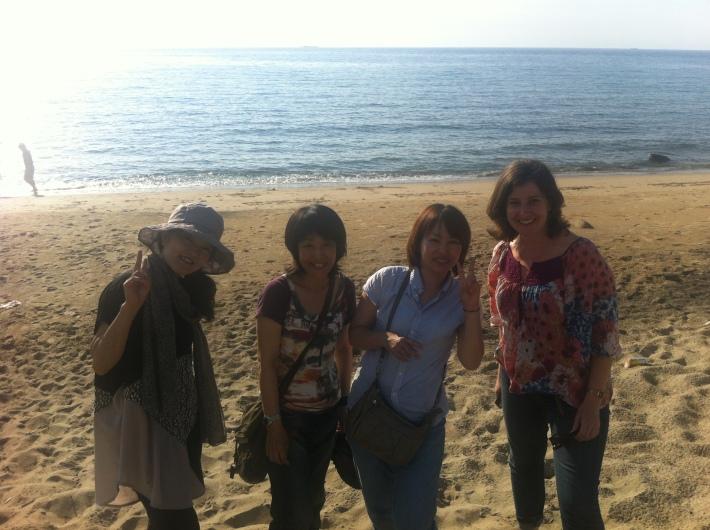 En la playa cerca de Fukuoka