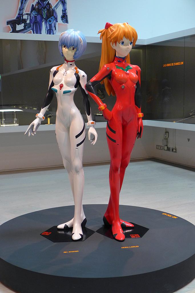 Personajes Rei Ayanami y Asuka Langley
