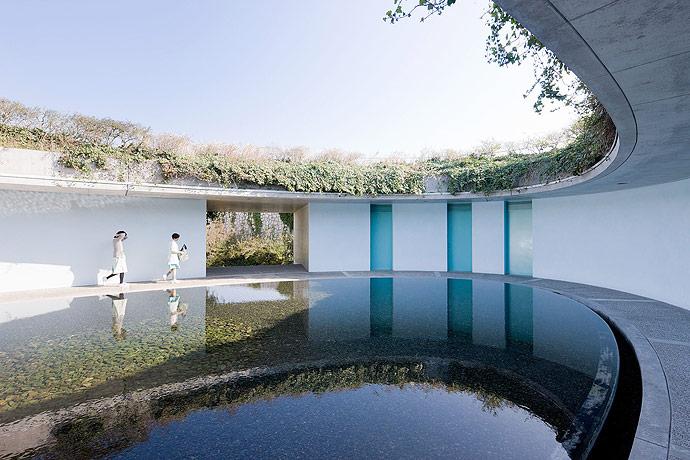 Benesse Art House en Naoshima. Foto via Globetrottersguide.