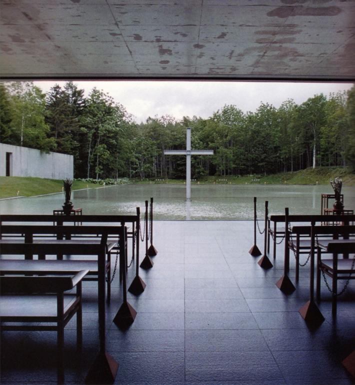 Capilla en el agua de Tadao Ando. Vista desde el interior.