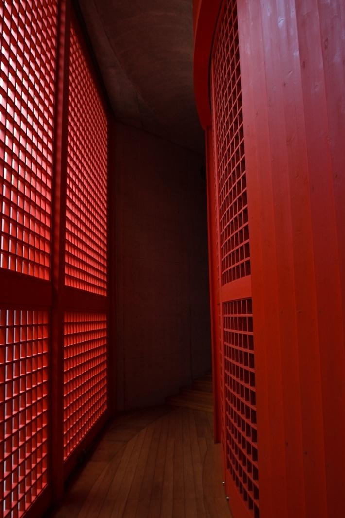 Templo del agua: Honpukuji. Entrada de luz. Tadao Ando. Foto via kwc.org